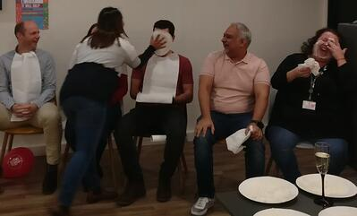 pie fight - Al